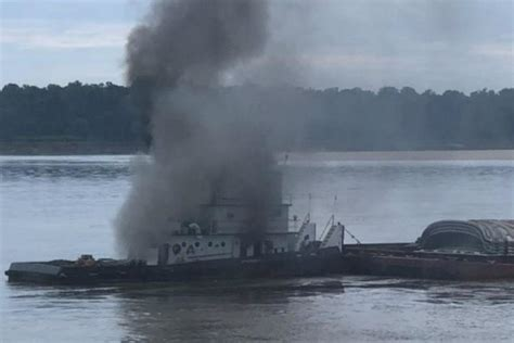 tow boat on fire towboat fire closes mississippi river in east arkansas