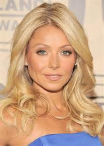 how does kelly ripa get her ringlets in her hair 98 best kelly is ripa images on pinterest fashion finder