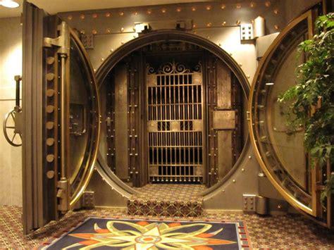 Interior Vault by Bank Vault By Randommastertor On Deviantart