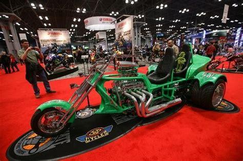 motosiklet tutkunlarini bulusturan fuar galeri otomobil