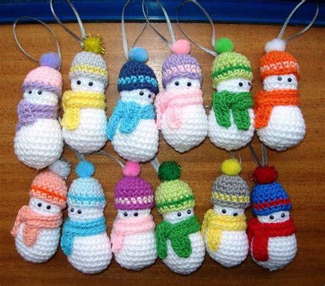 adornos navideos a crochet adornos navide 241 os para el arbol mu 241 equitos de nieve