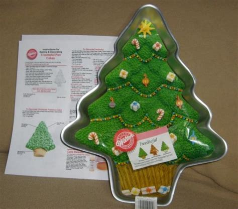 wilton treeliteful christmas tree holiday cake pan ln ebay