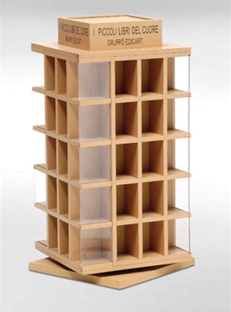 espositore banco produzione personalizzazione espositori in legno per