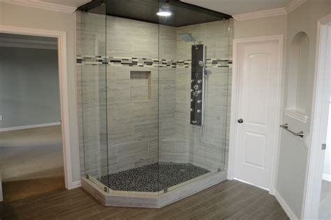 Remodeling Bathroom Ideas For Small Bathrooms by Xx18 High Star N Dallas Master Suite Remodel