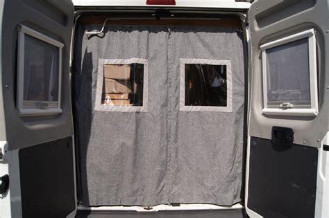 gardinenschiene fur womo spezialvorhang f 252 r kastenwagen heckt 252 ren wohnmobile