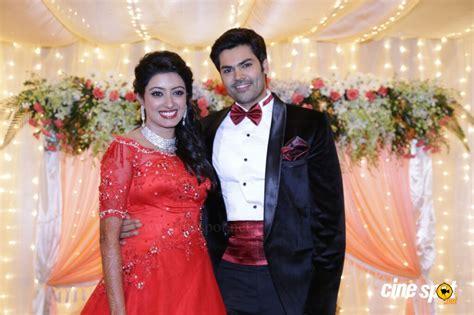 actor ganesh venkatraman family photos ganesh venkatraman wedding reception photos 9