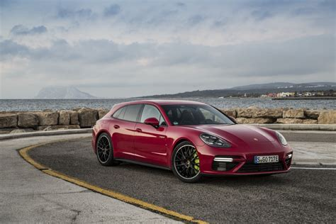 Porsche Panamera Red by Panamera Turbo S E Hybrid Sport Turismo Carmine Red