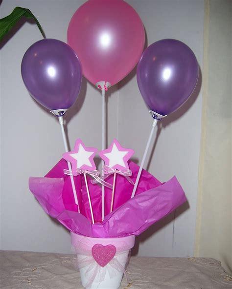 centros de mesa para 15 aos con globos como hacer un centro de mesa con globos