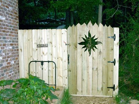 inexpensive privacy fence gate ideas privacy fence screen privacy fence cost home design