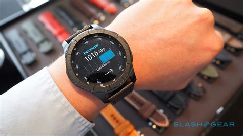 Samsung Gear S3 hands on: Samsung Pay, LTE, rugged smartwatch   SlashGear