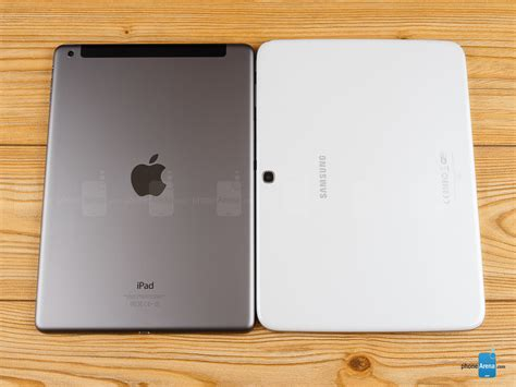 Apple Tab Air apple air vs samsung galaxy tab 3 10 1