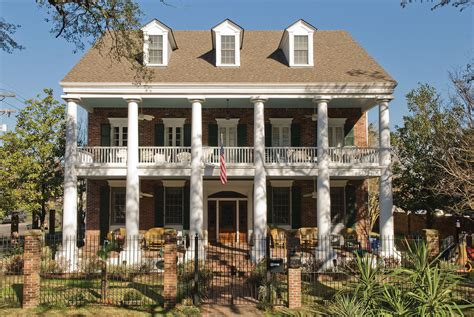 southern architects history of the colonial style home