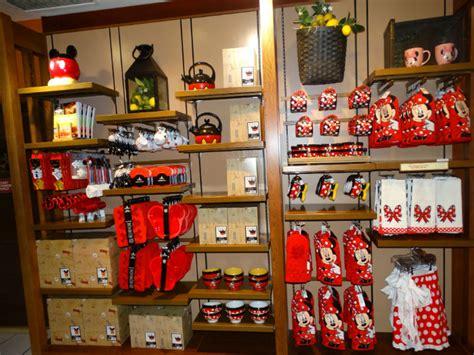 Mickeys Pantry by Mickey S Pantry Utens 237 Lios De Cozinha Do Mickey Disney De Novo