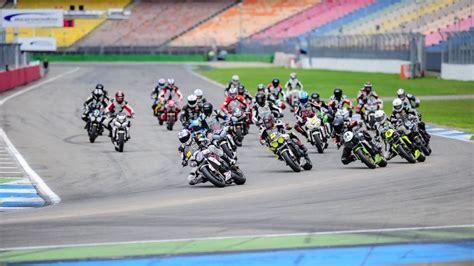 Motorradvermietung Rennstrecke by Rennstrecke Sachsenring Motorrad Sport