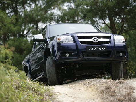 Mazda BT 50 (2006) picture 3 of 22