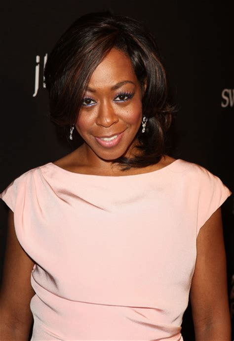 Tichina Arnold Hairstyles by Tichina Arnold Shoulder Length Hairstyles Lookbook