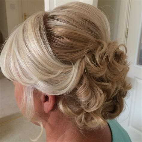 Wedding Hairstyles Groom by Updo Hairstyles For Of The Groom Updo Hairstyles