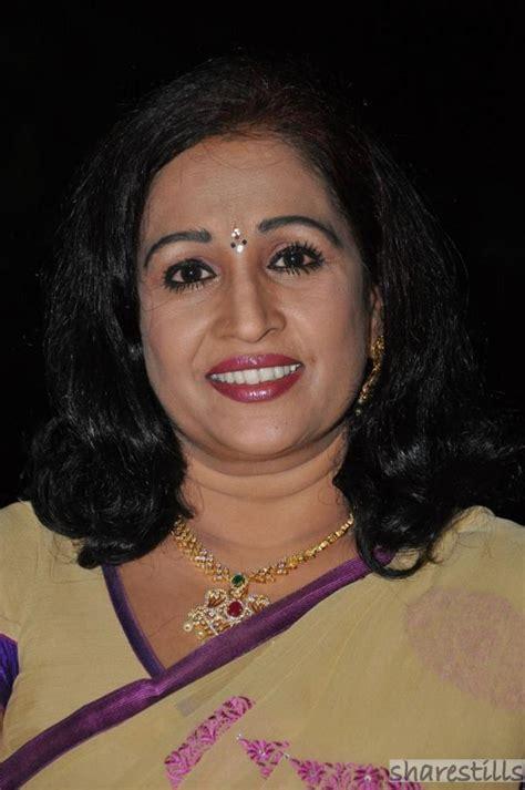 movie actress ragini ragini telugu actress saree photos photo 25