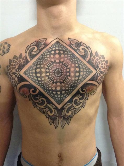 complex tattoo designs deliperi has framed this optical illusion with