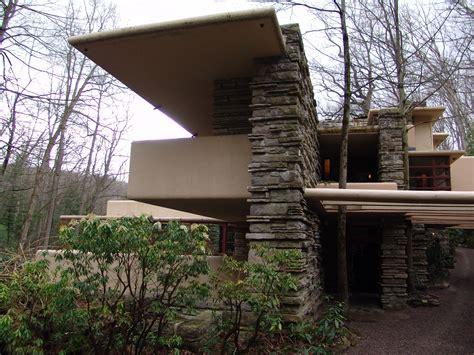 file nuremberg house over water jpg wikimedia commons file frank lloyd wright fallingwater exterior 5 jpg