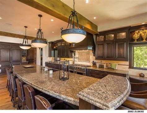 8 kitchen island with sink 34 luxurious kitchens with island sinks
