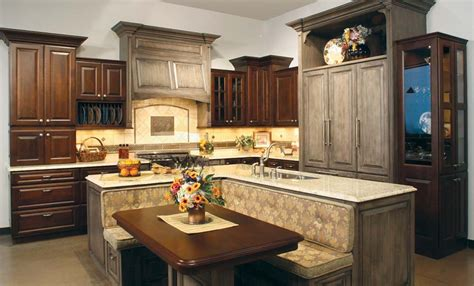 kitchen island manufacturers huntwood usa kitchens and baths manufacturer