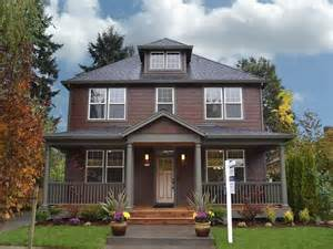 two tone house color combinations pinterest exterior