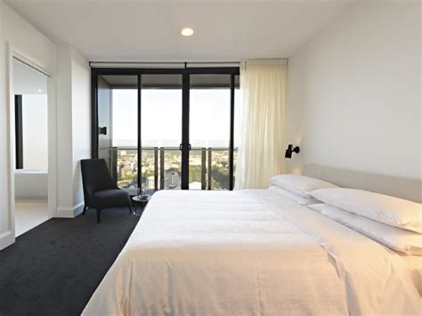 Bedroom Suite Melbourne Inside The Sheraton Melbourne S New 7000 Penthouse Suite