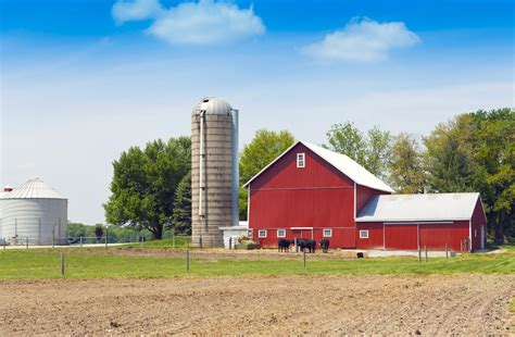 pictures of farm 4 ways private wealth can help the small farm modern farmer