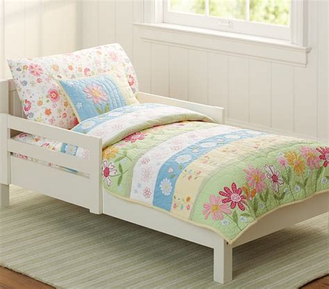 daisy bedding daisy garden toddler quilted bedding pottery barn kids