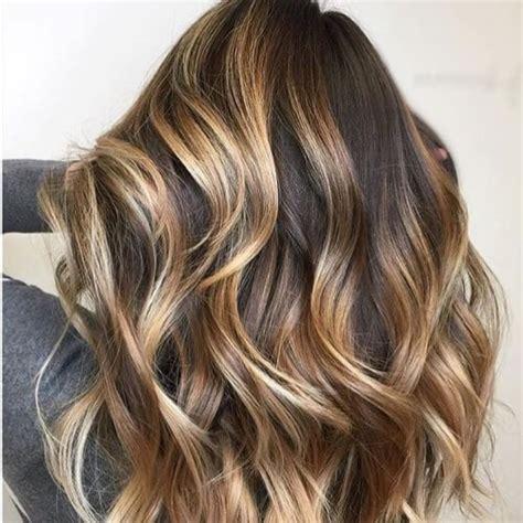 highlights on dark hair 50 dark brown hair with caramel highlights on top www