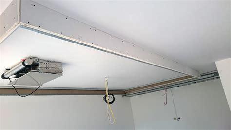 Decke Streichen In Welche Richtung by Abgeh 228 Ngte Decke Mit Indirekter Beleuchtung Lichtvouten