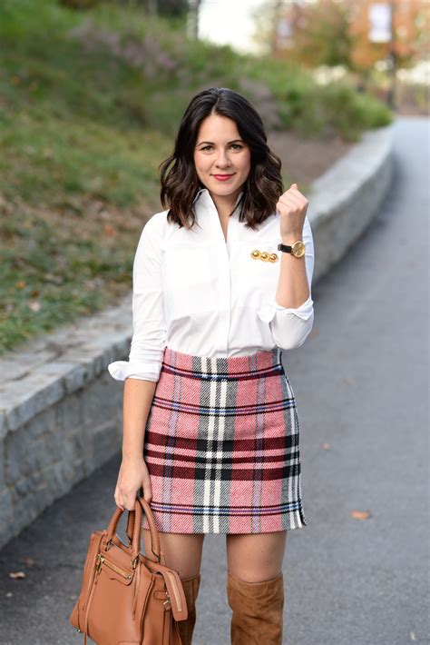 wear  plaid mini skirt  fall  style vita