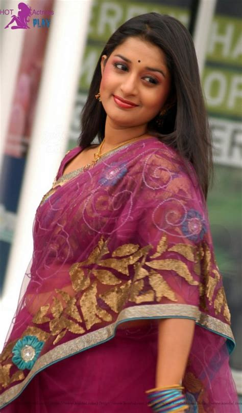 tamil actress meera jasmine family photo meera jasmine hot photos sexy images