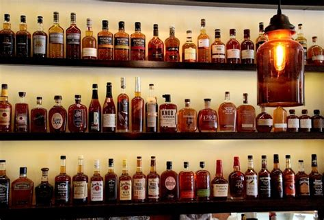 top 10 bars in nyc the 10 best whiskey bars in nyc thrillist new york