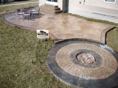 how much to concrete backyard how much cost to build concrete patio patio building