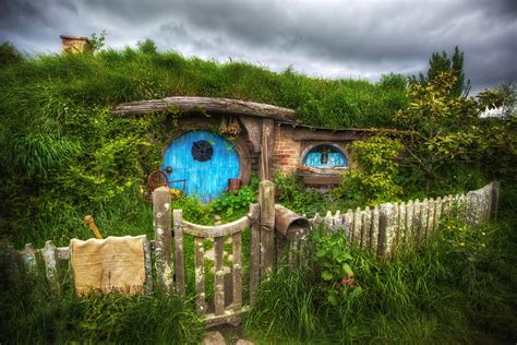 hobbit house new zealand hobbiton new zealand pics