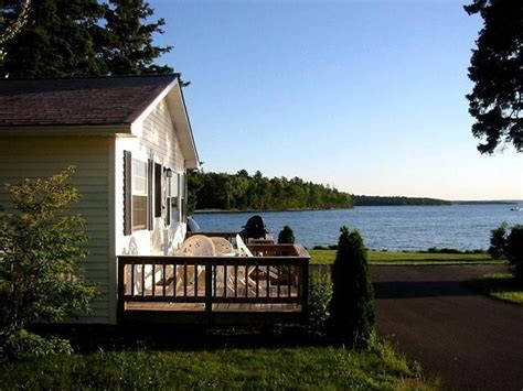Acadia Maine Cabins by Cottage Rentals Bar Harbor Maine Lakeside Cabin Rentals