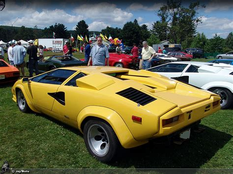 yellow lamborghini countach countach lp500 quattrovalvole lp500qv84 hr image at