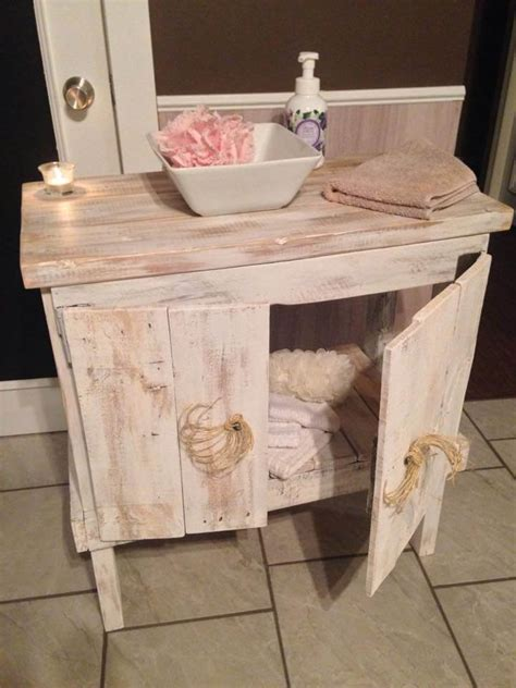 recycled upcycled pallet ideas  projects  pallets