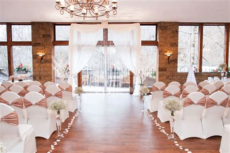 Wedding Aisle Lined With Flowers by Wedding Aisle Decor Ideas Todaysbride Ca