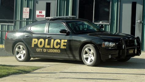 2010 Dodge Charger Police Interceptor   Autos Post