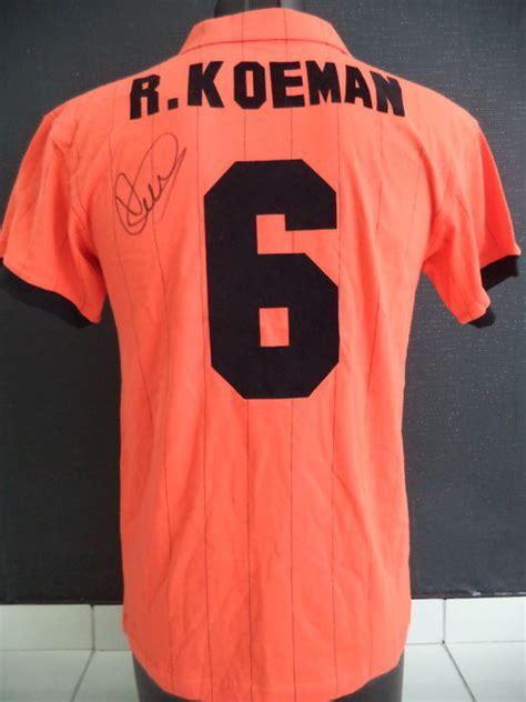 Kaos T Shirt Ronald Koeman oranje national team 1983 official retro knvb