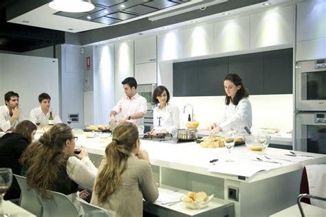 escuela de cocina 8480169133 cursos de cocina en marzo escuela de cocina telva ses 233 san mart 237 n