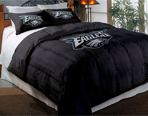 Eagles Bed Set Philadelphia Eagles Nfl Chenille Embroidered Comforter Set With 2 Shams 64 Quot X 86 Quot
