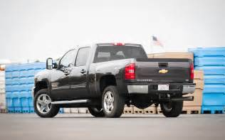2011 chevrolet silverado 2500hd rear three quarters 2 photo 18