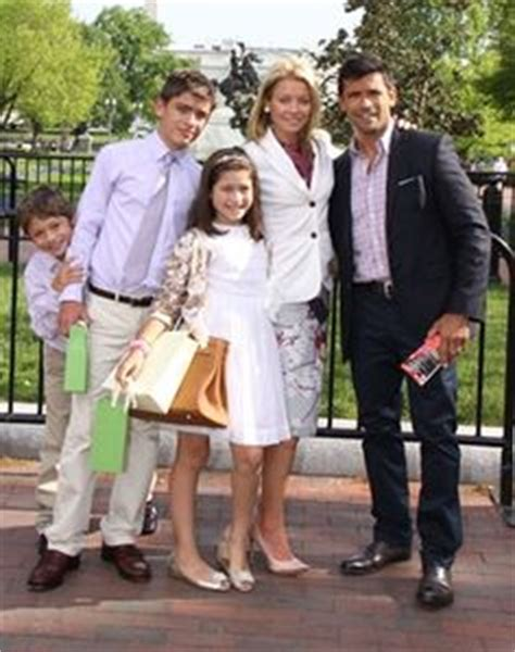 photos of kelly ripa family 2014 1000 images about kelly ripa style watch on pinterest