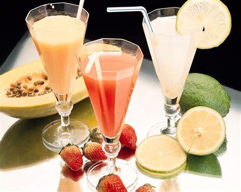louies lair    eat drink  foods beverages