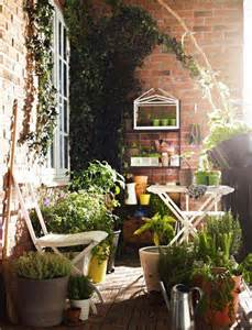 Garden Ideas For Small Balconies 30 Inspiring Small Balcony Garden Ideas Scaniaz
