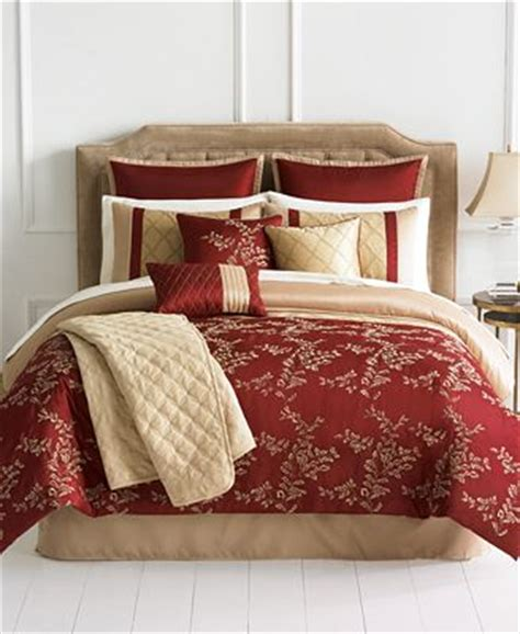queen sale bed in a bag macys closeout emerson 10 piece queen comforter set bed in a